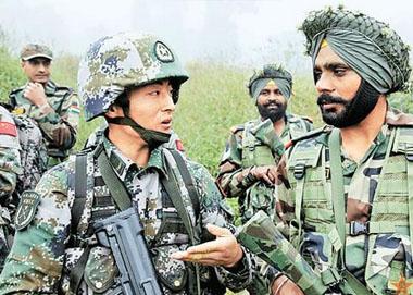 外交部终于回应中印军人互掷石头