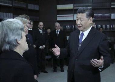 习近平:擦清历史的镜子 走好未来的路